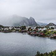 A távolság, és a beszélők alacsony száma miatt kevesebb norvég fordítás készül, mint angol, vagy német.